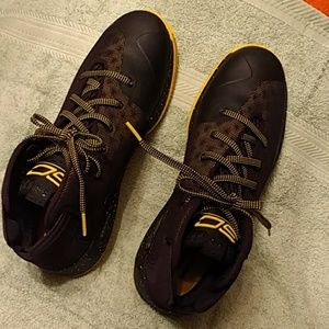 Authentic Men's NWOT Under Armour Stephen Curry